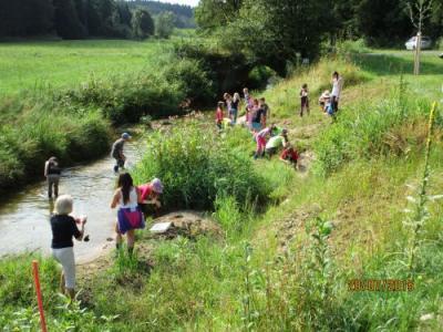 Fotoalbum Wassertage des Wasserwirtschaftsamtes für die 4. Klassen der Grundschulen Schönau und Ostermünchen