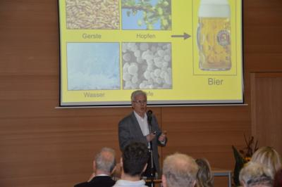 Foto des Albums: Vom ersten Bier zum Kater - Vortrag Prof. Dr. Roth (19.01.2016)
