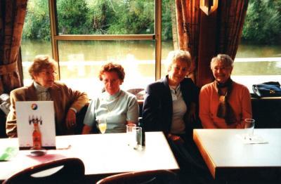 Fotoalbum 20 Jahre Wanderabteilung - Mit dem Schiff von Frankfurt nach Seligenstadt