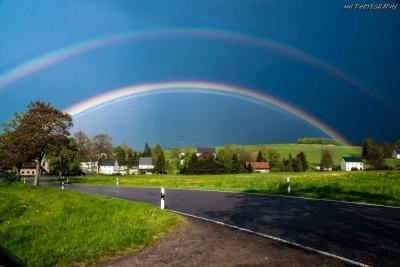 Fotoalbum Doppelter Regenbogen über Helbigsdorf