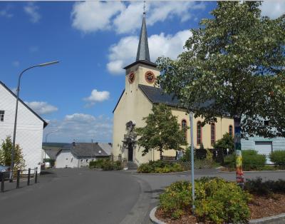 Fotoalbum Kirche Makborn