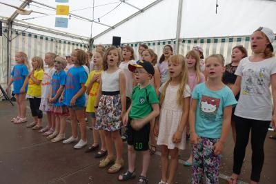Foto des Albums: Impression vom Kinder- und Dorffest in Domsdorf am 24. und 25.06.16 (30.06.2016)