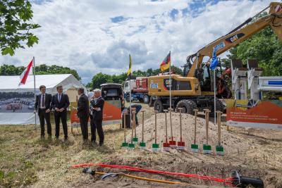Fotoalbum Spatenstich in Arneburg für den altmärkischen Glasfaserausbau