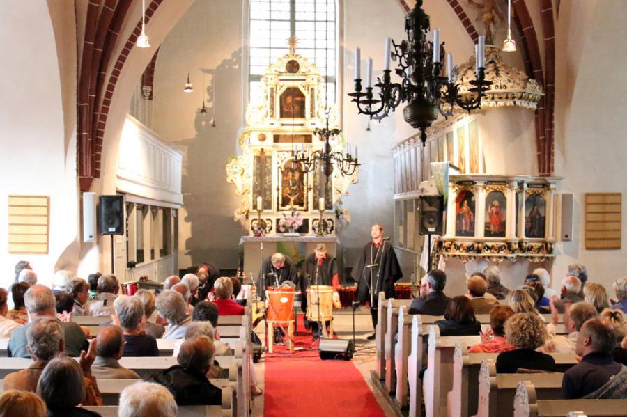 Foto der Galerie: Konzert mit Cantaré am 14.06.2015 in Kremmen