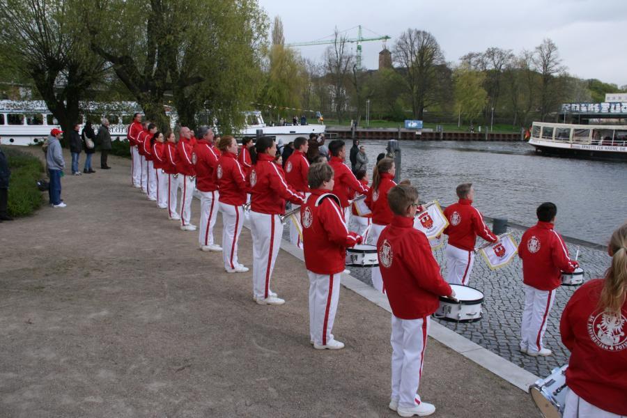 Foto der Galerie: Fanfarenzug Potsdam - 58. Potsdamer Flottenparade bei kühlen Temperaturen