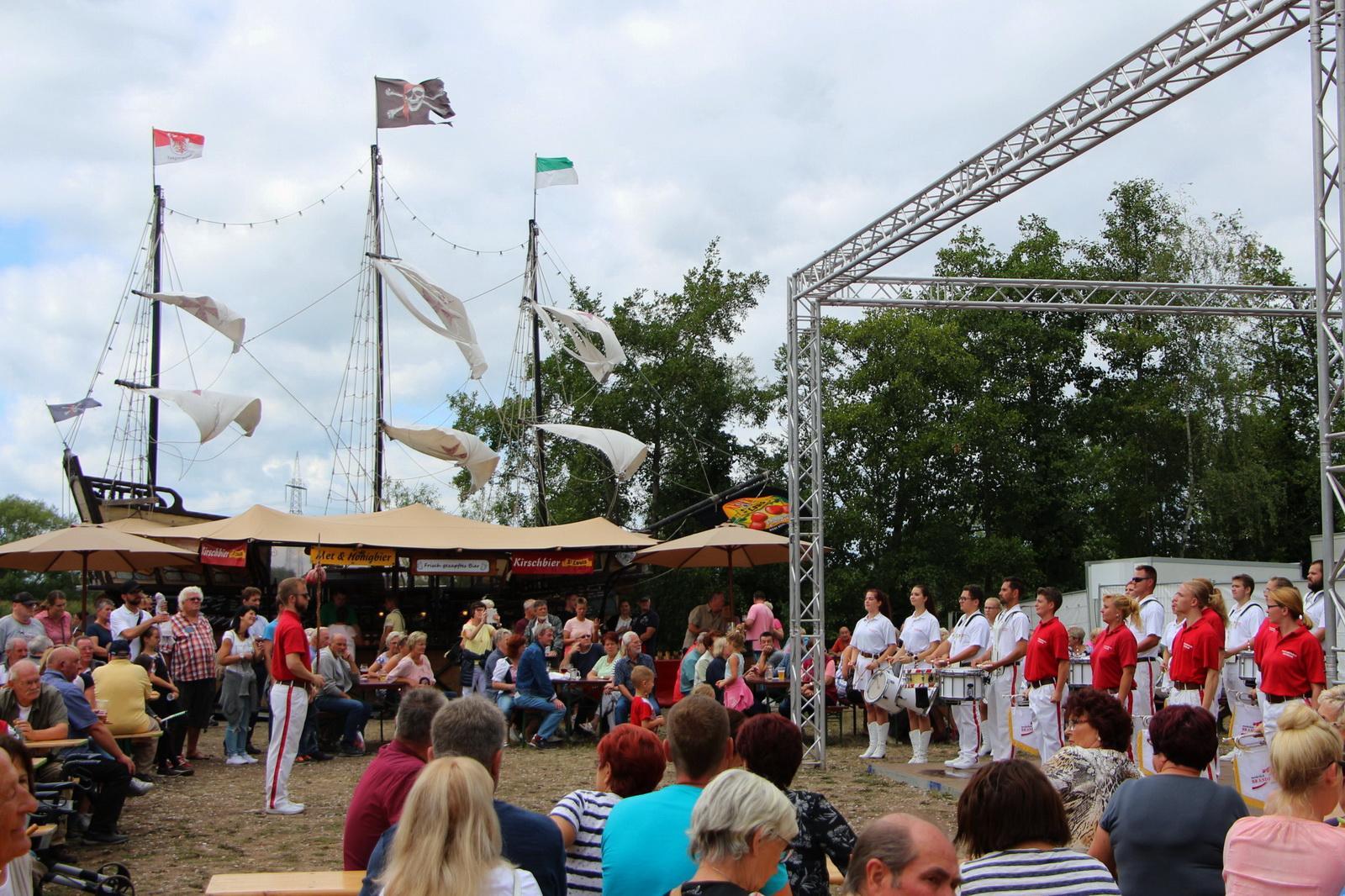 Foto der Galerie: 18.08.2019 - Fischerfest in Ketzin – Festumzug als Geschichtsunterricht