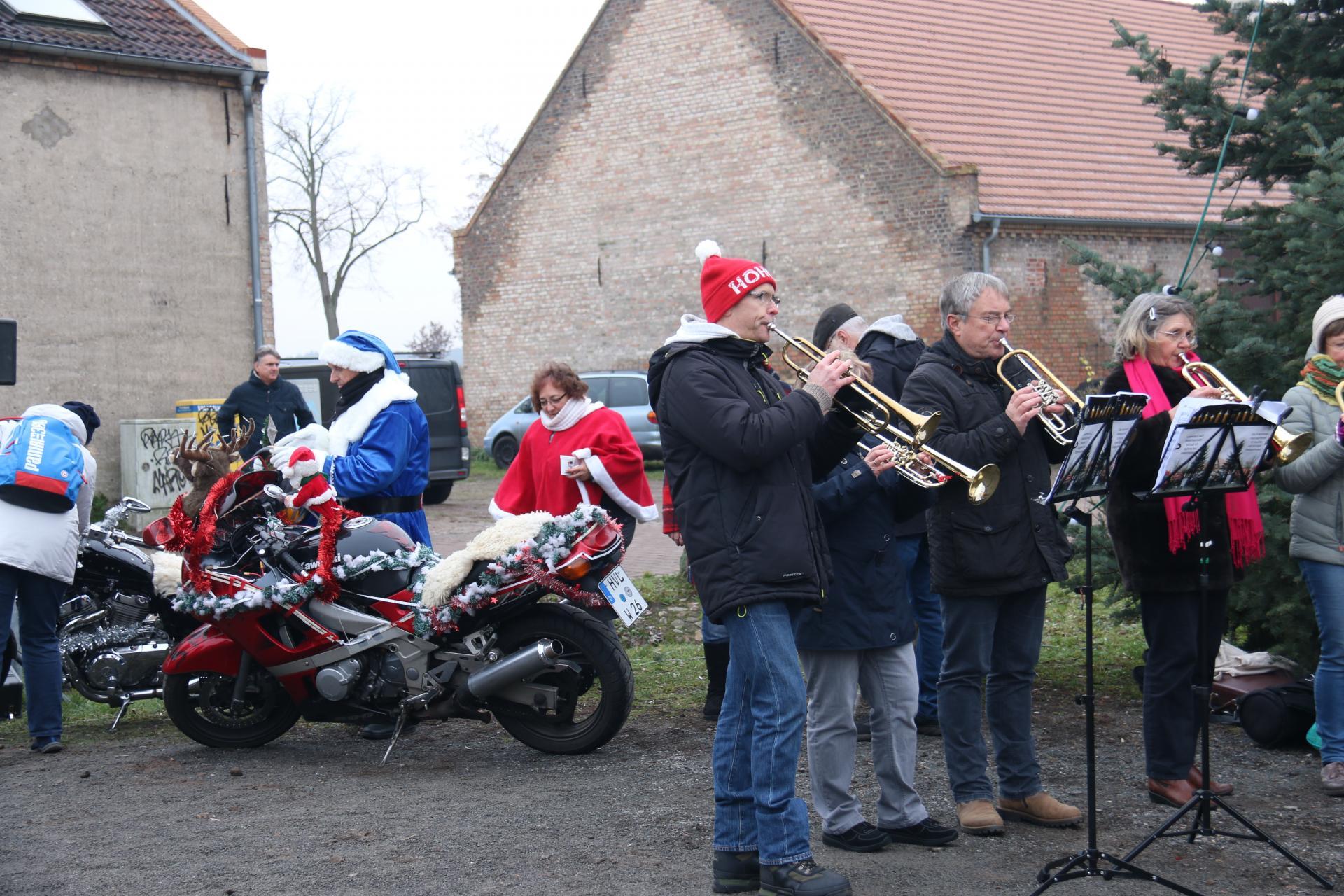 Foto der Galerie: Posaunenchor auf dem Weihnachtsmarkt Kremmen