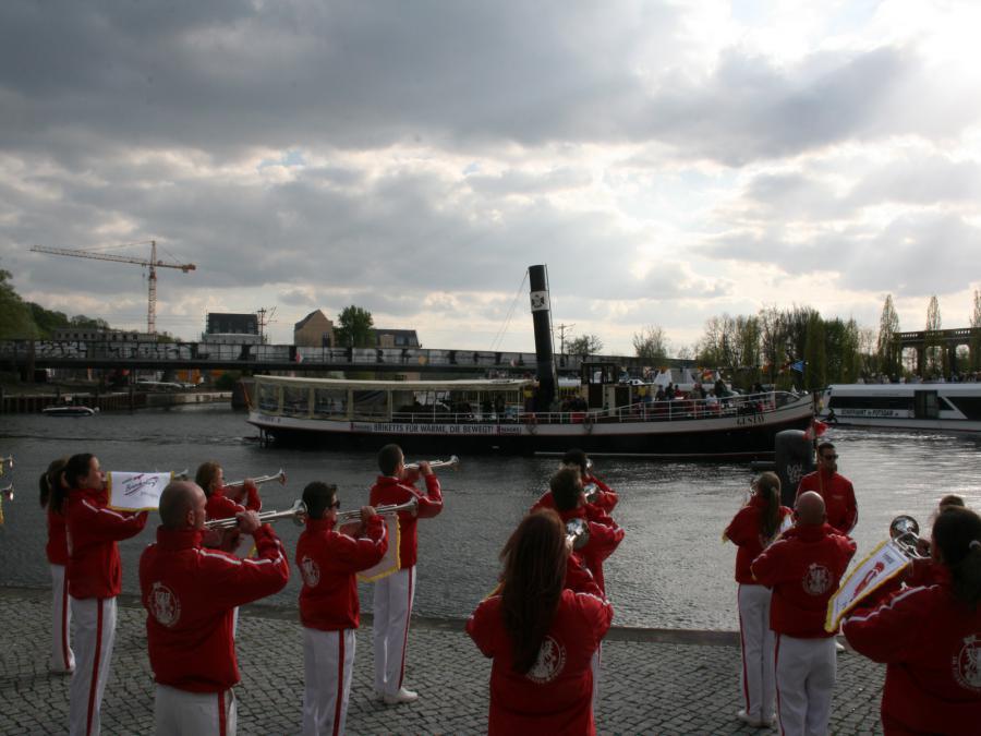 Foto der Galerie: 13. April 2014 - Fanfarenzug Potsdam - 56. Flottenparade in Potsdam