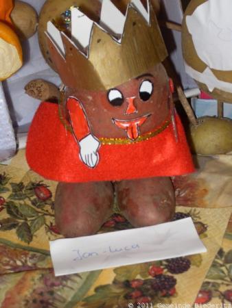 Foto der Galerie: KITA - Am Storchennest - Wer wird Kartoffelkönig?