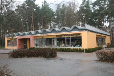 Die Bibliothek Waldstadt.