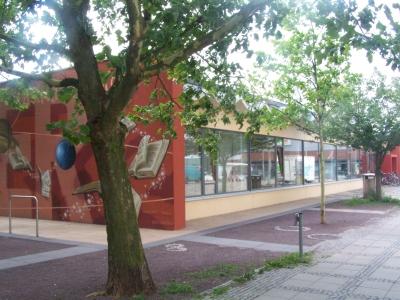 Die Zweigstelle der Stadt- und Landesbibliothek am Stern.