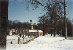 Kirche und Park