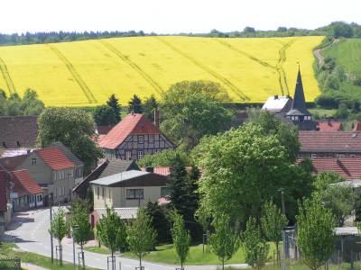 Blick auf die Kirche in Pansfelde