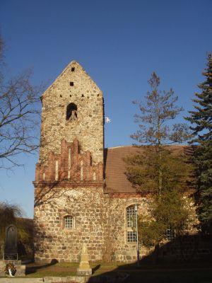 Gumtower Feldsteinkirche