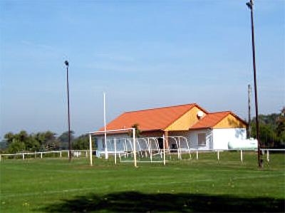 Sportplatz und Sportlerheim