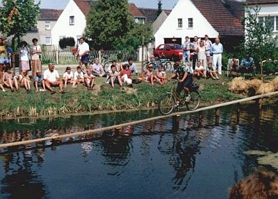 Hier findet das seit Jahrzehnten traditionelle Teichfahren statt.