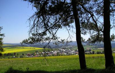 Herschdorf vom Panoramaweg Langen Berg