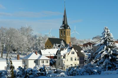 Evangelische Kirchgemeinde Hilbersdorf im Winter 2012 / 2013