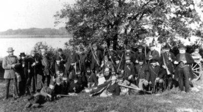 Bild einer Jagdgesellschaft um 1900 am Südensee