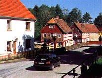 Kreuzung nach Neundorf (links der Abzweig)
