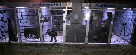 Radhaus bei Nacht