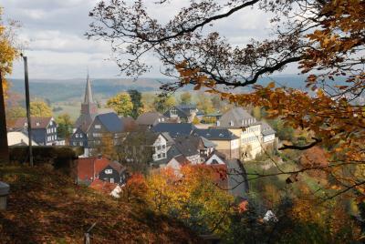 Blick auf die Altstadt im Herbst