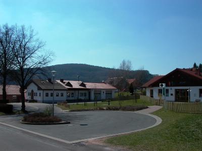 Bürgerhaus und Kindergarten