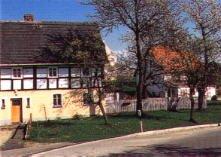die Dorfstraße in Dittersbach auf dem Eigen