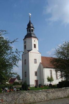 Kirche in Fichtenberg