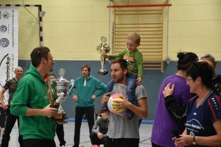 HeinickeCup 2016 Pokalübergabe beim 10. Traditionsturnier