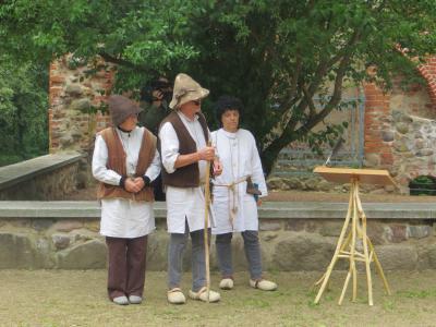 Theatervorstellung im Schlosspark