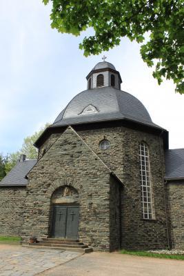 Die Lutherkirche in Neuwiese