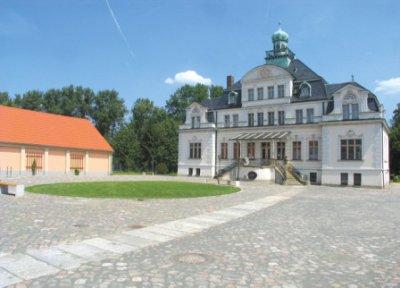 Schlossherberge Hofansicht