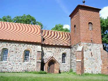 Kirche Pinnow