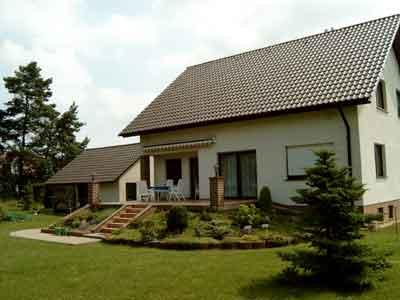 Ein Einfamilienhaus aus unserer Hand