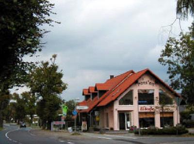 Lindenstraße (mit Postagentur)