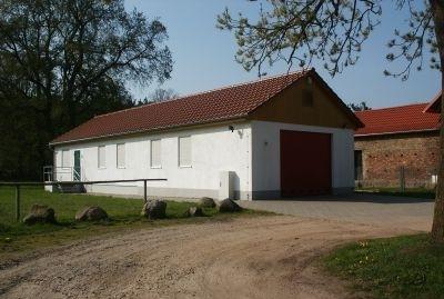 Dorfgemeinschaftshaus und Feuerwehr