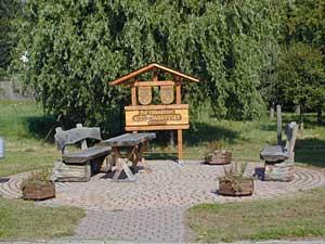 Marzhäuser Platz, entstanden 1998.