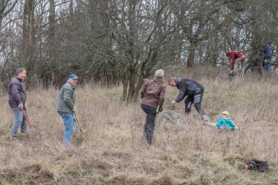 Der erste Arbeitseinsatz der Naturschutz-Gruppe. Foto: M. Erselius