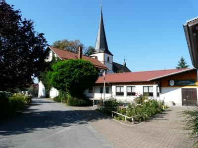 ehemalige Schule, Kirche und Kulturhaus