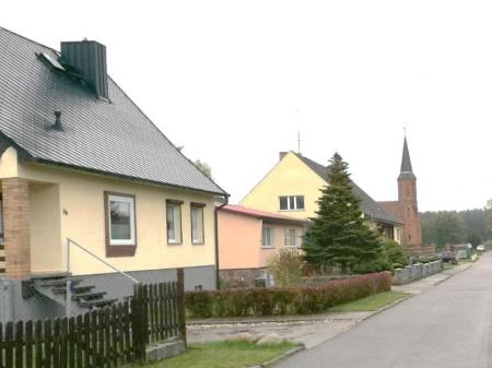 Dorfstraße in Priborn