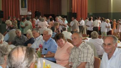 Seniorentanz in der Oderbruch-Halle Golzow