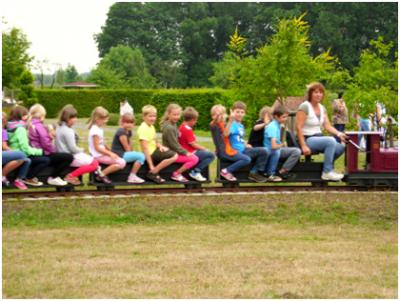 Zug mit Kindern