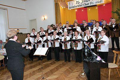 Unser Auftritt zum 15. Chorgeburtstag am 12. April 2008 im Landgasthof Wonneberger