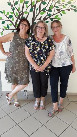 Von links: Ute Nehring (Verwaltung), Gertrud Sticht (Einrichtungs- und Pflegedienstleitung) und Kerstin Guth (Ergotherapie und Sozialer Dienst)