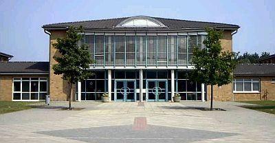Schulzentrum Baruther Urstromtal mit Grundschule und Freier Oberschule