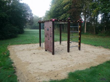 Klettergerüst Spielplatz Martin-Steffens-Park