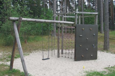 Basdorf Spielplatz Am Waldesrand Lanker Straße Gesamtansicht, Foto: Gemeinde Wandlitz