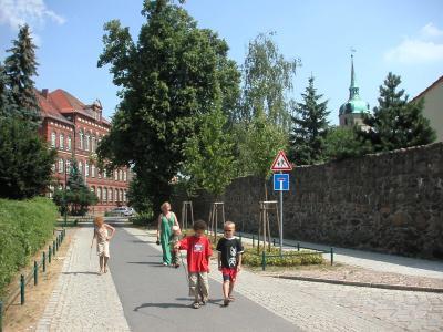 Barrierefreier Innenstadtrundkurs entlang der Stadtmauer
