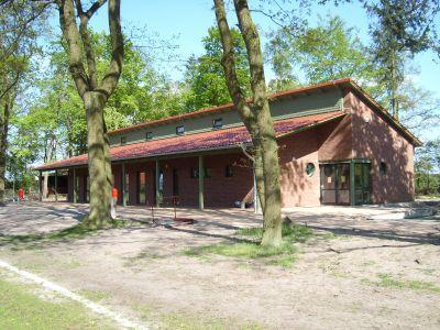 Anstelle des Sportlerheimes steht seit 2007 das Dorfgemeinschaftshaus. Mit einem kombinierten Sport- und Kinderfest  am 31. Mai 2008 wurde das mit Fördermitteln erbaute Haus von Minister Dr. Backhaus offiziell den Nutzern übergeben.